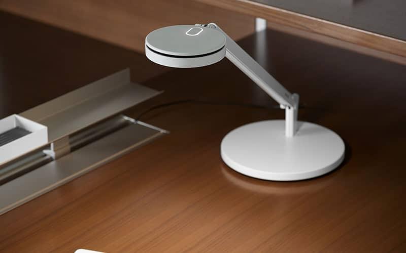 https://www.atrium-sa.com/wp-content/uploads/2020/09/lampes-de-bureau1.jpg
